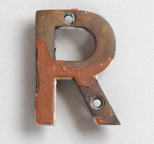 Small vintage brass sign letter 'R' painted brown, early 1900s