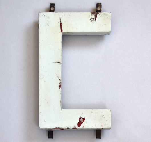 1920s Modernist style painted wooden sign letter 'C'