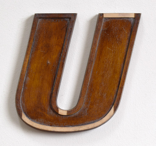 Mid-1900s wooden letter mould: 'U', 19.5cm