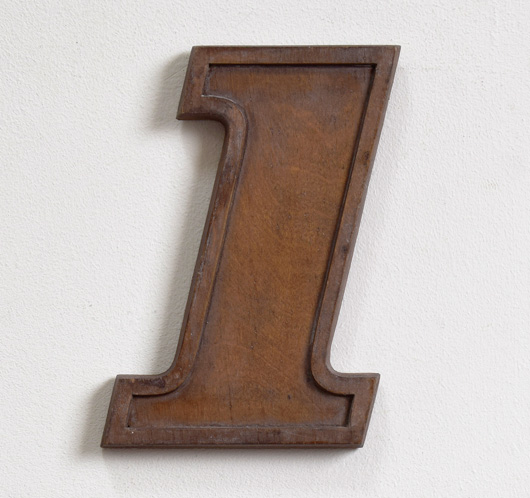Mid-1900s wooden number mould: '1', 19.5cm