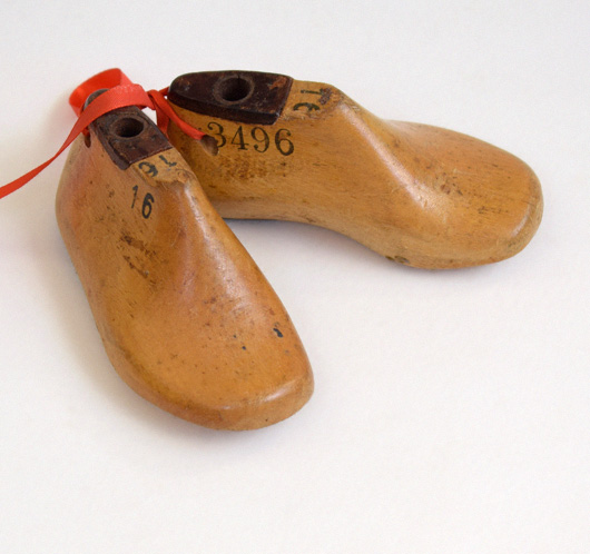 Pair of early-1900s infant's shoe lasts