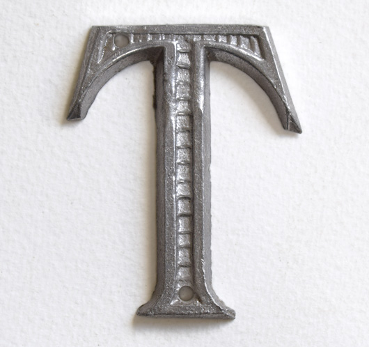Vintage French decorative cast-metal sign letter 'T'