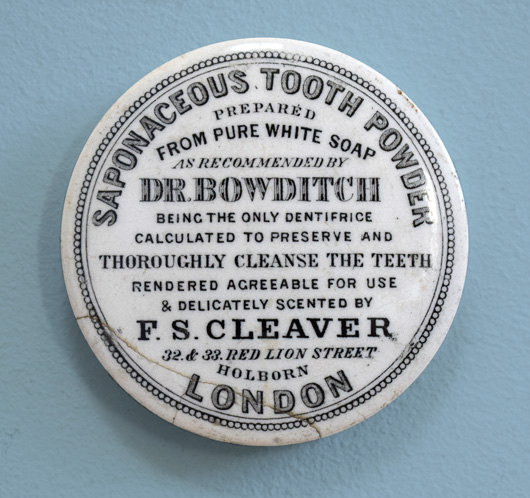 Victorian pot lid wall hanging: Tooth Powder