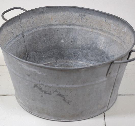 The Vintage Wall Round Zinc Garden Tub 48cm