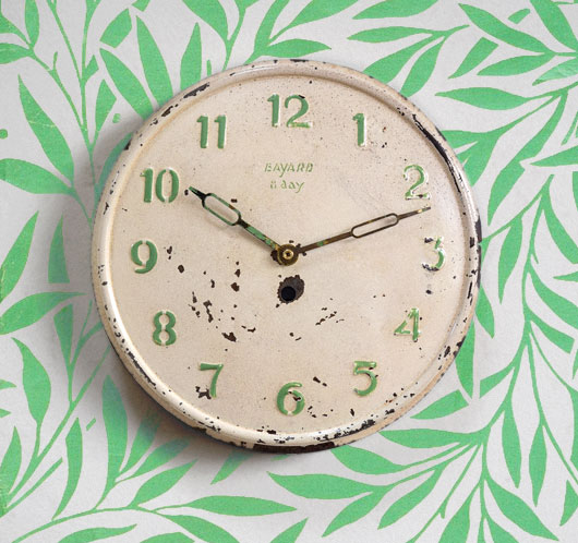 Early-1900s vintage French painted metal wall clock, Bayard