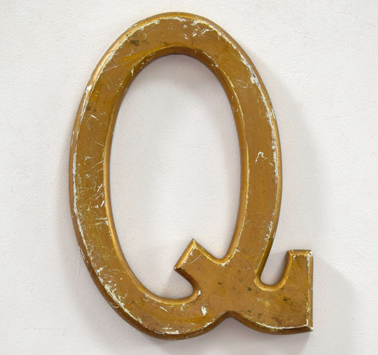 Large vintage wooden gold-gilt pub sign letter 'Q'
