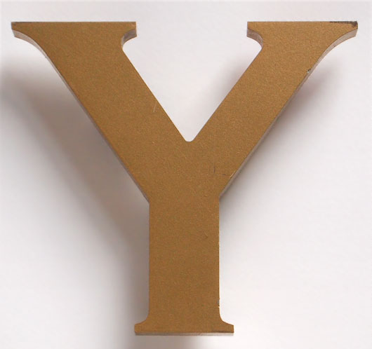 Ex-pub sign vintage painted gold letter 'Y'