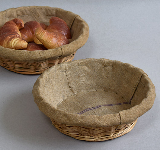 Vintage round linen-lined French bread basket