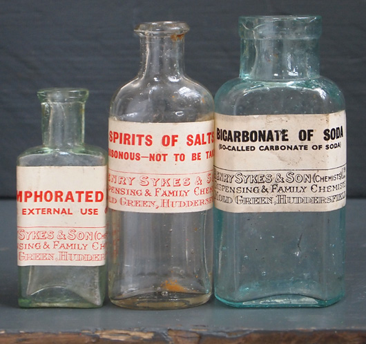 Set of 3 Victorian chemist's bottles with labels (10 of 18)