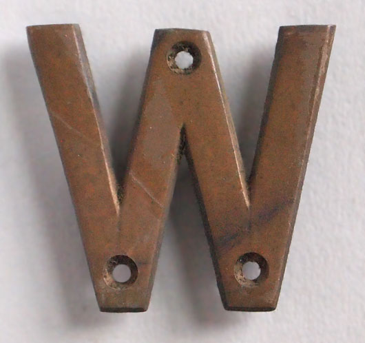 Small vintage cast-bronze sign letter 'W', early 1900s