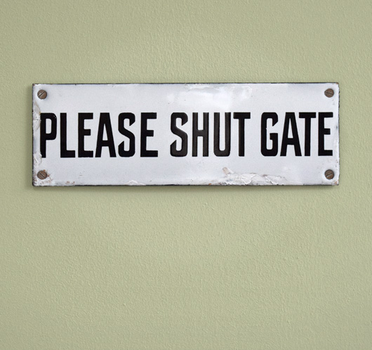 1920s antique enamel sign: Please Shut Gate